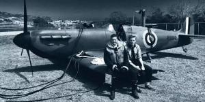 汤姆·哈迪晒《方索》片场照 与杰克·劳登再合作