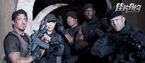 【佳片有约】《敢死队2》影评 老兵换个模式再开战十年没问题