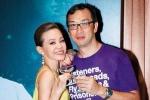 彭佳慧晒声明承认离婚 被爆与精壮男拥吻疑有新欢