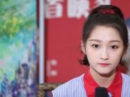 UP新力量关晓彤:心中有个侠女梦 压力让自己变强