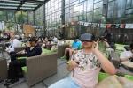 《驯兔记》VR体验会 原著作者郑渊洁远程连线互动