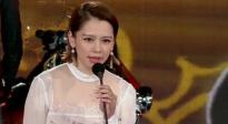"""徐若瑄被叫姐""""不敢当"""" 与导演韩延颁最佳动作女演员荣誉"""
