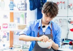 王俊凯最苏主厨再霸收视冠军 美食Battle有态度