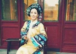 跪下了! 王菲早期清宫贵妃造型照曝光气场十足
