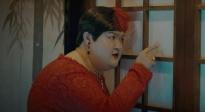 """《胖子行动队》曝""""无孔不入""""片段"""