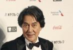 10月25日下午14:00,第31届东京电影节正式开幕。宋佳,朱亚文,徐峥,雷佳音,苏伦,海清,黄景瑜,俞飞鸿等中国电影人,役所广司、松冈茉优等日本电影人也出席了开幕式红毯。