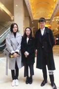 佟丽娅张杰等文艺工作者访问朝鲜 受到热烈欢迎
