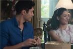 由康斯坦斯·吴、杨紫琼、亨利·戈尔丁等演员出演,改编自全球畅销小说的好莱坞浪漫爱情喜剧《摘金奇缘》(Crazy Rich Asians) 已于昨日正式在国内上映。截至目前,影片全球票房已突破2.3亿美元。这个成绩让《摘金奇缘》成为北美最近10年来票房最高的浪漫爱情喜剧,也是有史以来票房收入第六高的浪漫爱情喜剧。
