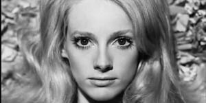 女演员桑德拉·洛克去世 曾与伊斯特伍德恋爱14年