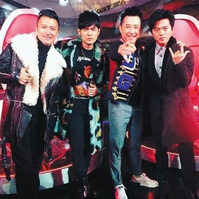 """李健战队逆袭夺冠 周杰伦哈林互怼多年""""陪跑"""""""