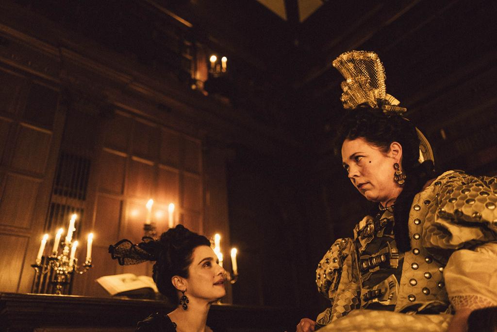 《欢乐满人间2》,《玛丽女王》和《斯坦和奥利》均拿下3项提名