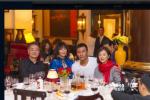 胡军出席香港话剧庆功宴 林青霞刘嘉玲关之琳助阵