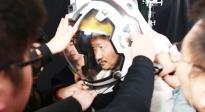 """《流浪地球》拟声揭秘 演员""""头盔对白攻坚战""""该怎么打?"""