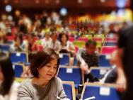 网友三天两次偶遇林青霞晒照 65岁拥有冻龄美貌