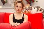 郑秀文已搬回和许志安的爱巢? 同款红沙发引猜测