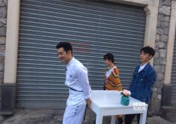 街头摊煎饼!黄晓明王俊凯杨紫加盟《中餐厅3》