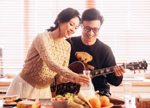 章子怡怀孕5个月雨中奔跑只因汪峰写给她的这首歌