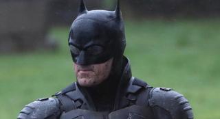 酷帅!新《蝙蝠侠》战袍完整造型曝光