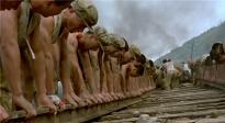 人民永远记得你们!《铁血大动脉》中朝官兵抢修铁路