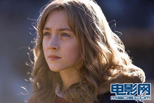《可爱的骨头》赴日宣传 15岁罗南尽显熟女范儿