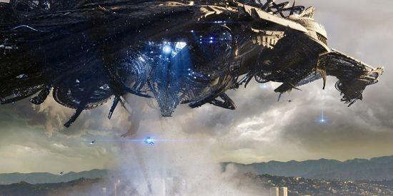 文恐怖预告片 巨大外星生物侵袭地球