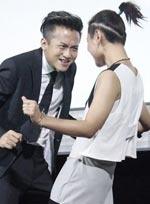 《分手大师》点映邓超学杨幂唱歌 邀周笔畅热舞