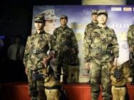 《战犬瑞克斯》北京首映礼 首邀战地英雄共同观影