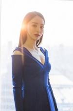 董璇做慈善低调捐款10万元 网友:为高云翔积福?