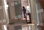 4月8日,有八卦媒体爆料称张丹峰与女助理毕滢酒店共度一夜的画面。据悉,张丹峰近日在剧组拍戏,毕滢也现身剧组。当晚,二人与一群朋友在路边摊吃完火锅,10点左右返回了酒店,二人入住房间相邻。当晚,二人在张丹峰房间密会三个小时,再次引发网友猜测。