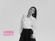 张柏芝最新黑白写真封面曝光 五官立体秀发飘逸