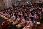 6月2日,战争片《八子》在江西赣州举行发布会,导演高希希与主演刘端端、邵兵以及在片中饰演儿时八子的小演员们温情重聚,共忆拍摄点滴。