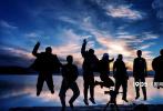 日前,大发快3交流群_快3官方网站_真假-《盐湖计划》在河南郑州举行了项目启动发布会。作为河南省重点推荐大发快3交流群_快3官方网站_真假-项目,影片导演陆磊,河南文化影视集团董事长、《盐湖计划》总制片人刘健,河南省委宣传部大发快3交流群_快3官方网站_真假-处处长梁莉,制片人杨佳宁,著名音乐人孙楠,演员周韦彤、张子栋、巴多、一龙,相声演员卢鑫等众多嘉宾莅临出席。