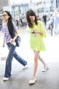 13岁李嫣喜欢小性感? 下衣失踪秀逆天长腿引瞩目