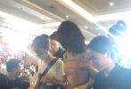 7月16日董璇和高云翔证实已经离婚,有知情人士透露二人已于今年三月份离婚。17日,有网友曝出一组董璇参加活动的照片。