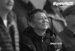 """定档2019年10月1日上映的电影《我和我的祖国》,由总导演陈凯歌、总制片人黄建新,导演陈凯歌、张一白、管虎、薛晓路、徐峥、宁浩、文牧野共同倾力打造。影片日前发布""""启程""""版预告,呈现新中国成立70年来,七个经典瞬间背后,普通人与祖国同呼吸、共命运的动人故事。除首曝预告片中依次出现的葛优、黄渤、任达华、王天辰、佟丽娅、张嘉译、张译、王千源、欧豪、刘涛、刘昊然、陈飞宇、惠英红、杜江、宋佳等演员外,未来还会陆续曝光更多参演本片的演员。影片导演、演员、幕后主创一同组建""""中国"""