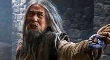 成龍發聲期盼香港盡快恢復安寧 《龍牌之謎》發布終極預告