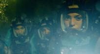 《鲨海47:猛鲨出笼》中字预告