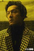 胡歌登封十周年纪念刊 展现成熟男人的迷人魅力