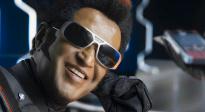 脑洞大开的《宝莱坞机器人2.0》:印?#20219;?#20799;十足的科幻大片