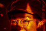"""近日,由韩三平任总策划、李少红任总监制兼总导演、常晓阳任导演的战争电影《解放·终局营救》先后发布定档海报和""""曙光将至""""版人物海报,正式定档10月25日全国上映。影片以平津战役总攻前夕为背景,由一场激烈的城市战争展开,描绘了时代裹挟下小人物命运和情怀的故事。"""
