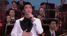 杜江消防员同台献唱《向火而?#23567;?讴歌勇敢无畏的?#19968;?#33521;雄