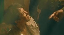 《红海行动》记者海清被绑架,蛟龙突击队长如何营救?
