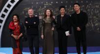 金椰奖竞赛单元评委团亮相红毯 伊莎贝尔·于佩尔担任主席