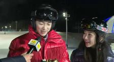 杜江獲M榜最佳正氣形象榮譽 霍思燕現場頒發 互動十分甜蜜