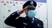 武汉演员朱一龙翻唱《少年壮志不言愁》 致敬一线警员太催泪