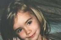"""童年版""""白雪公主""""!莉莉·柯林斯晒出幼时照片"""