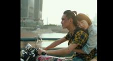 易烊千玺凭借《少年的你》摘得第39届金像奖最佳新演员奖