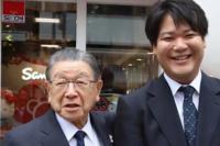 92岁Hello Kitty之父辻信太郎卸任 31岁孙子接任