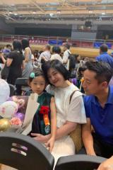 女儿幼儿园毕业 汪小菲大S参加典礼一家三口同框