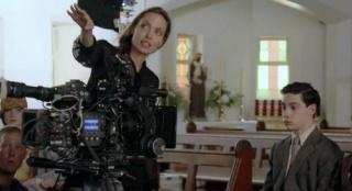 安吉丽娜·朱莉再当导演!新片聚焦战地摄影师